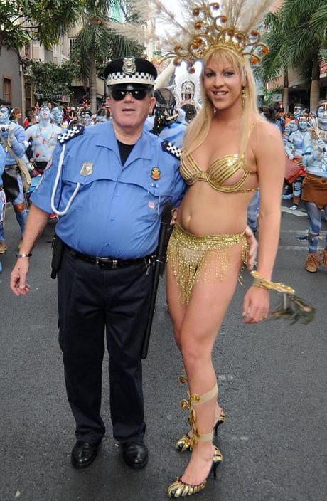consentir sinonimo prostitutas en villena